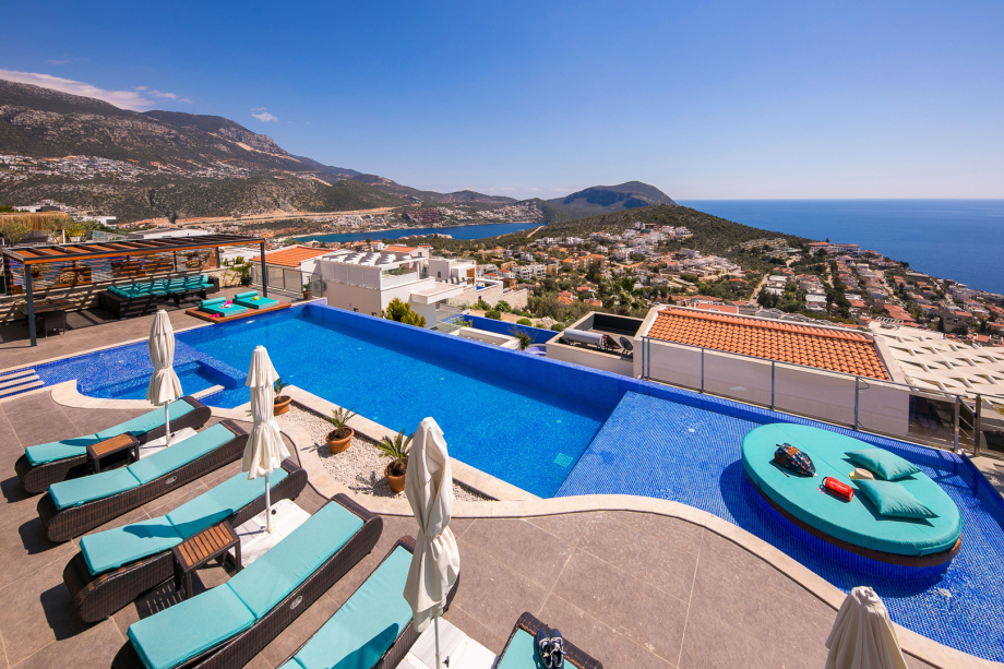 Azure Heights Apartment No 5 - 2 bedroom apartment in Kalkan